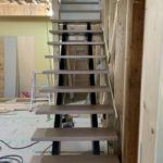 京都市左京区Y様邸1階・2階全面改修工事!大工工事が進んでいます!オープン階段を取付け!ユニットバスの組み立てを行います!